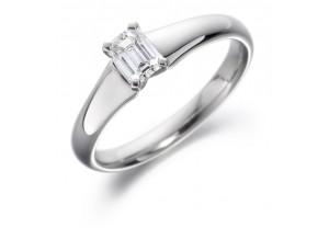 LADIES EMERALD CUT DIAMOND RING  0.40CT      REF:GP2107