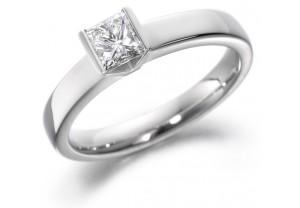 LADIES PRINCESS CUT DIAMOND RING 0.50CT  REF:GP2112