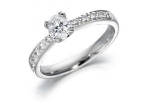 LADIES OVAL AND ROUND BRILLIANT DIAMOND RING  0.47CT  REF:GP2115